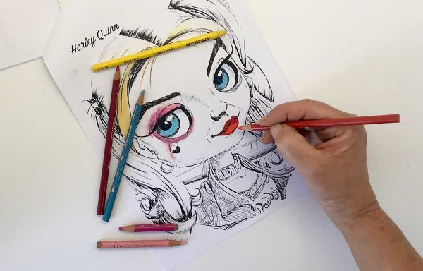 Cars colouring in book by artist de Shan